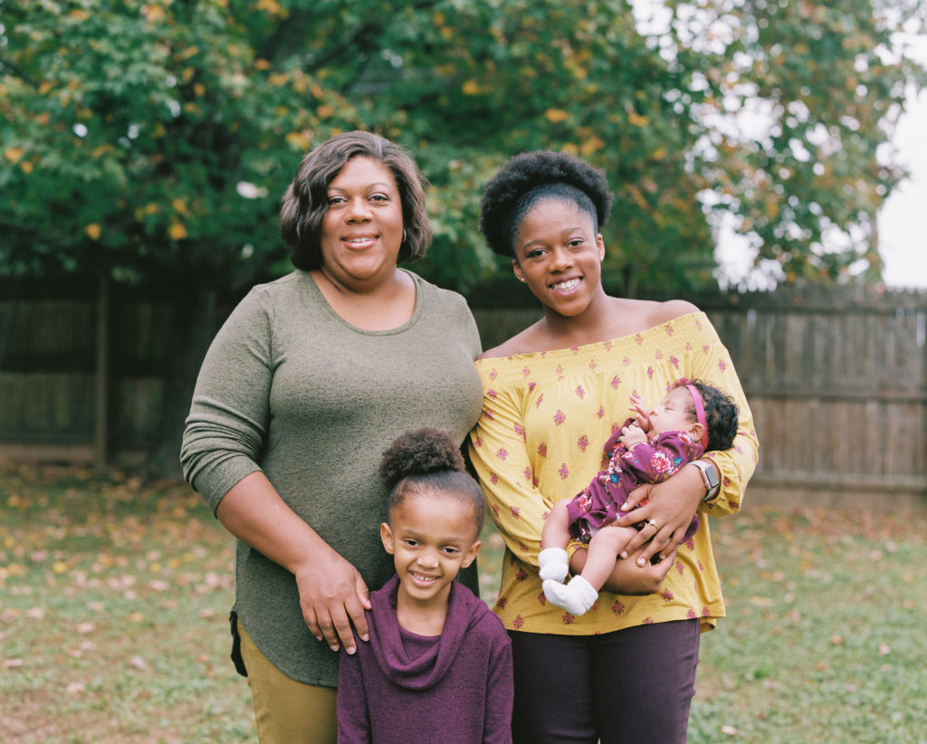 Family Matters: Tanesha Duncan posed next to her three daughters